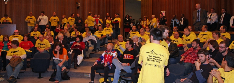 Hundreds Turn Out for Unanimous Adoption of Fort Worth Bicycle Master Plan