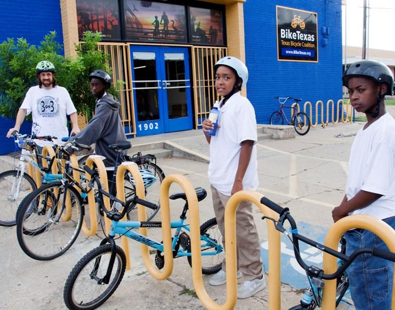 Bike Club at Martin Middle School in Austin Participates in Bike to Work Day