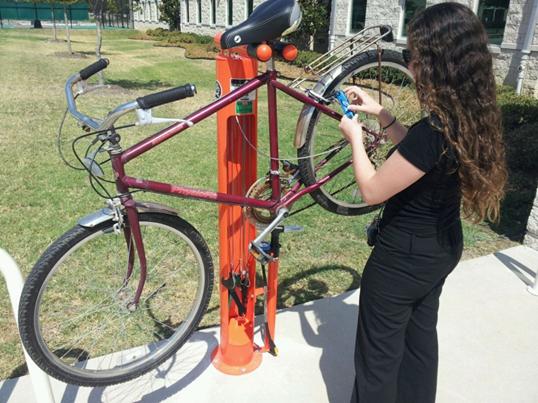 UT Dallas Installs Bike Repair Stations