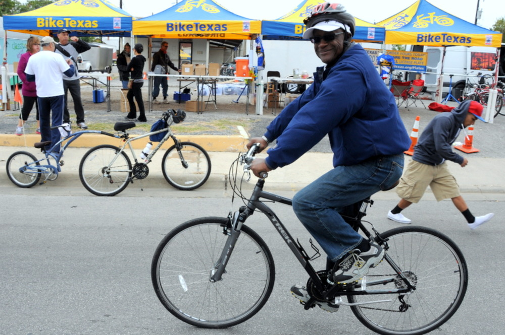 Look for BikeTexas at Siclovia San Antonio September 28