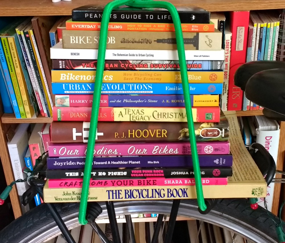 #BookLoversDay: 10+ Bicycle Reads