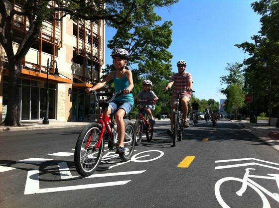 Make better biking and walking in Texas with your tax-deductible gift